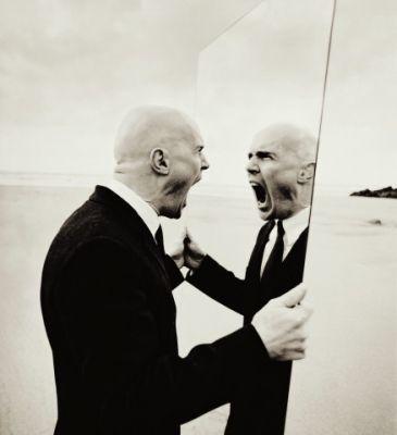el_enemigo_en_el_espejo